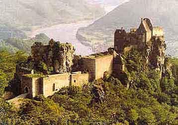celkový pohled na hrad - zdroj internet